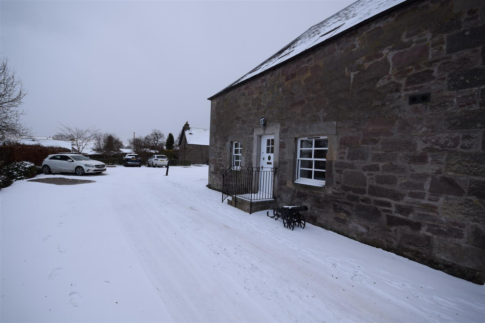 7, The Steadings, Luncarty, PERTH, PH1 3HE, UK